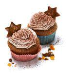 Lebkuchen-Muffins mit Frosting und Deko